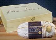 Echter Dresdner Christstollen® das Original  Sie erhalten bei uns im Stollen Online Shop feinsten Butterstollen und Quarkstollen. Darüber hinaus können Sie Mandelstollen kaufen und Mohnstollen kaufen, alle handgefertigt in unserer dresdner Bäckerei. Unser